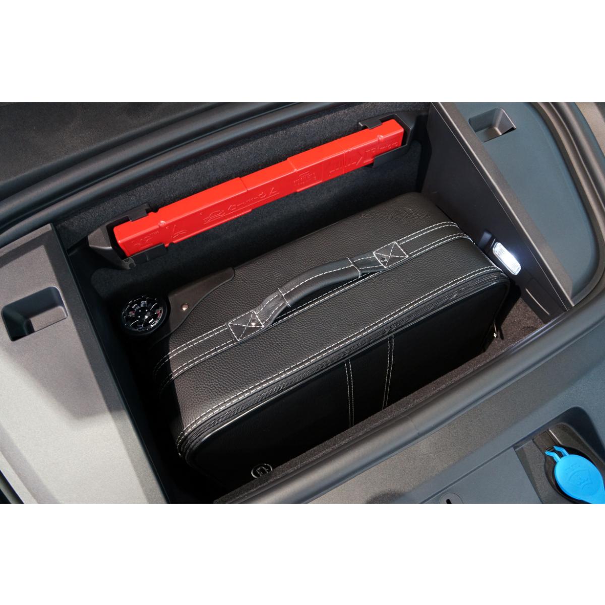 1-tlg. Kofferset Porsche Taycan front (133F) - Leder / Kunstleder