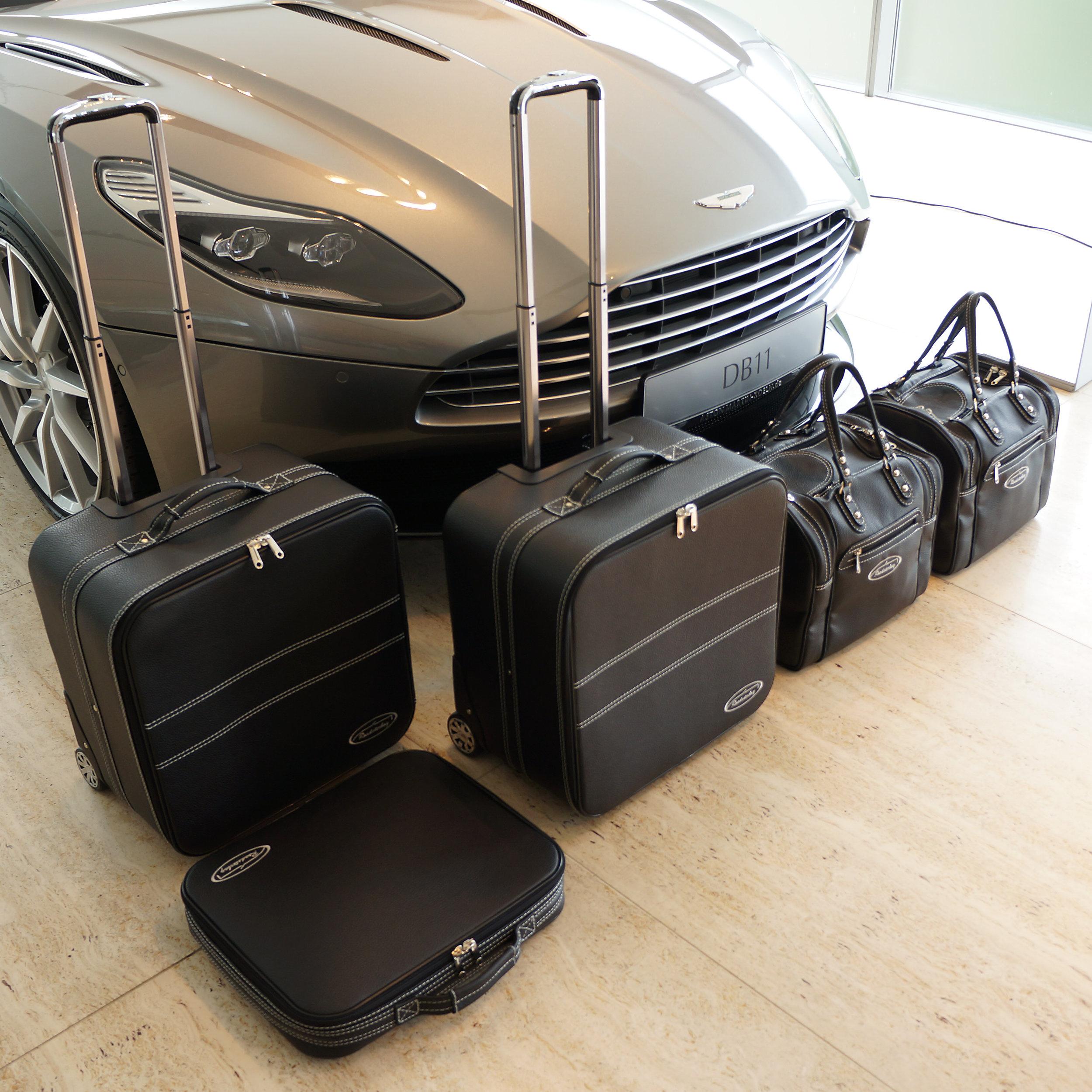 5-tlg. Kofferset mit 2 Rollen Aston Martin DB11 Coupé