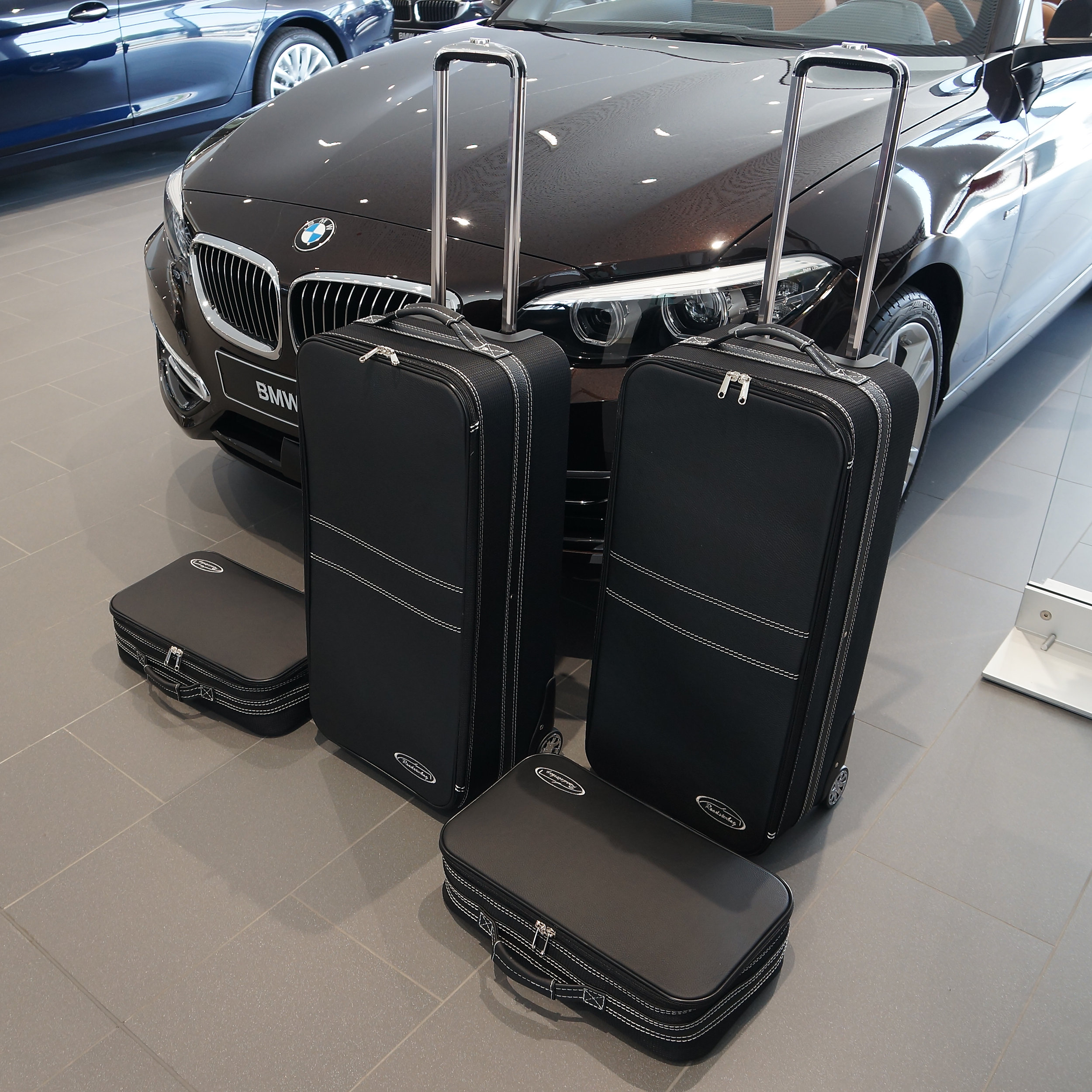 4-part Luggage Set with 2 wheels BMW 2 Series Convertible (F23)