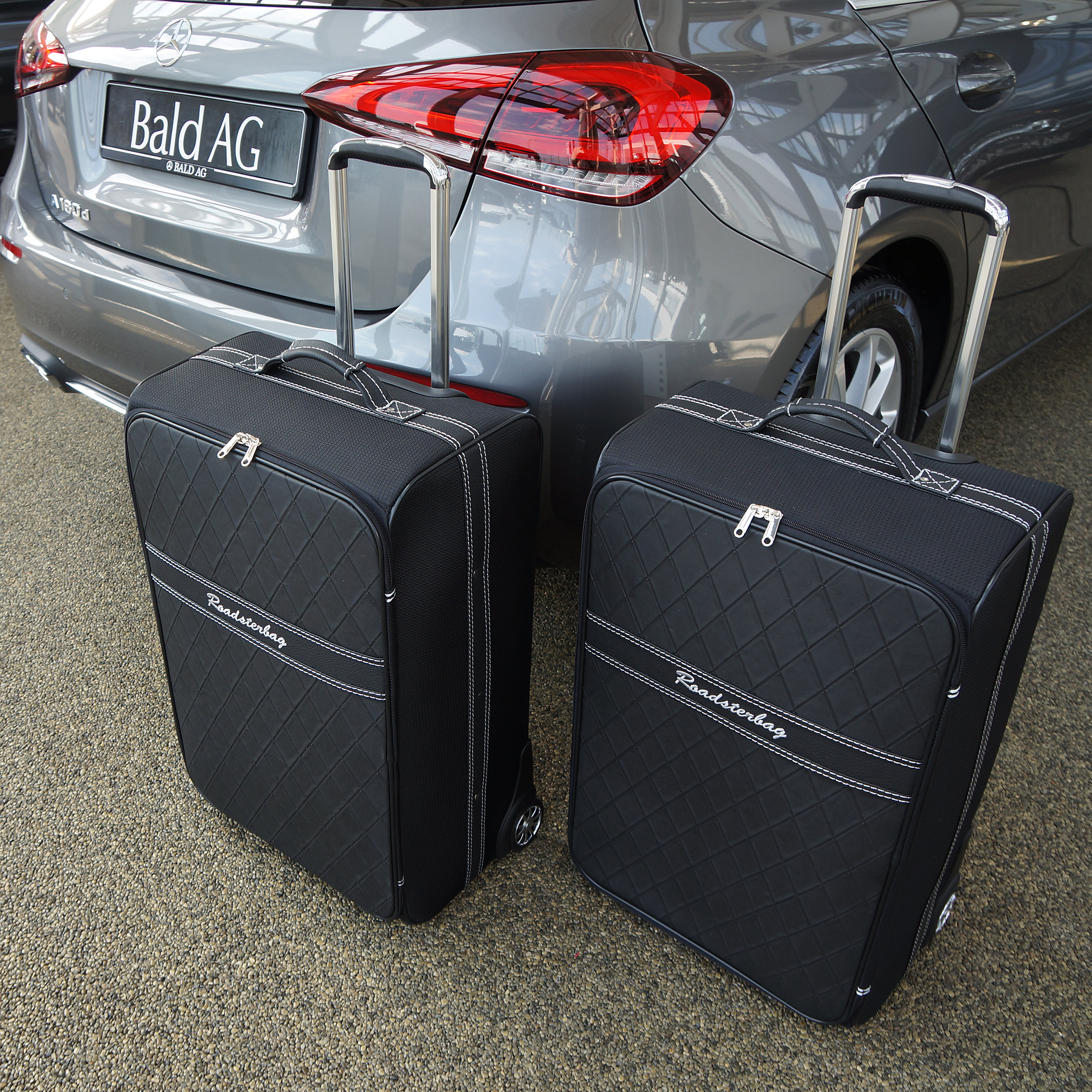 2-tlg. Kofferset mit 2 Rollen Mercedes A-Klasse W177