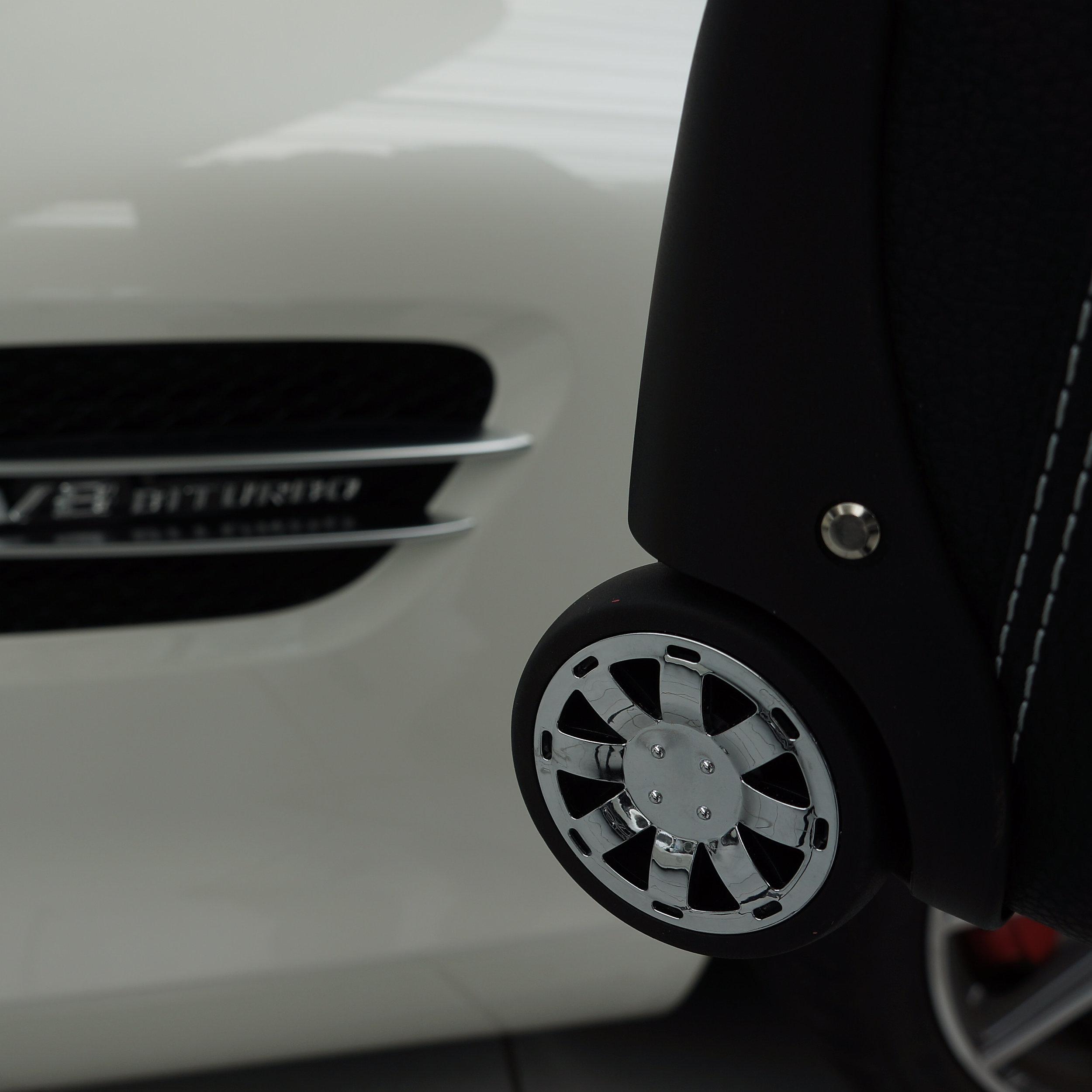 4-tlg. Kofferset mit 2 Rollen Mercedes AMG GT/GTS Coupé