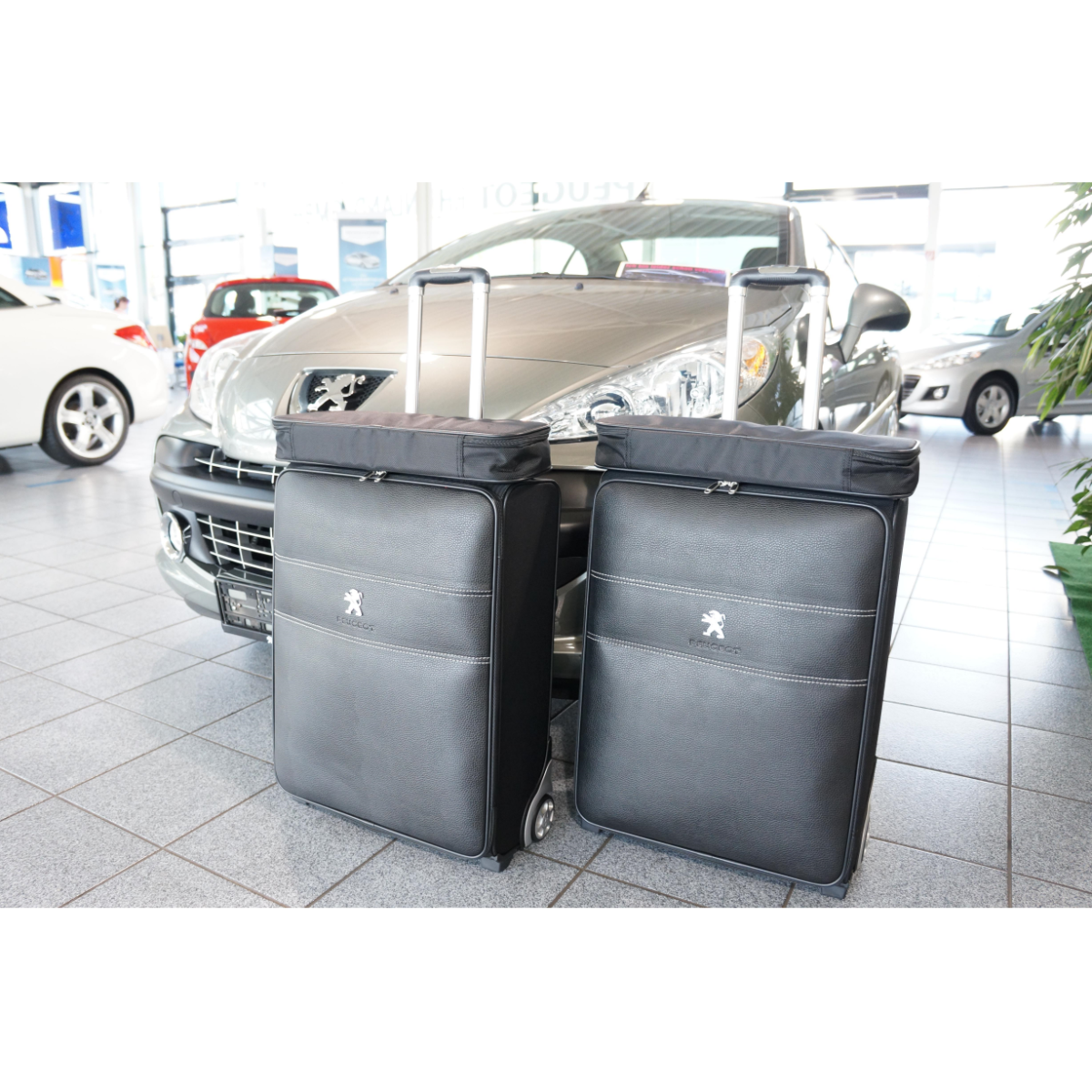 4-tlg. Kofferset mit 2 Rollen Peugeot 207 CC